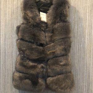 Jackets & Blazers - Women's vest
